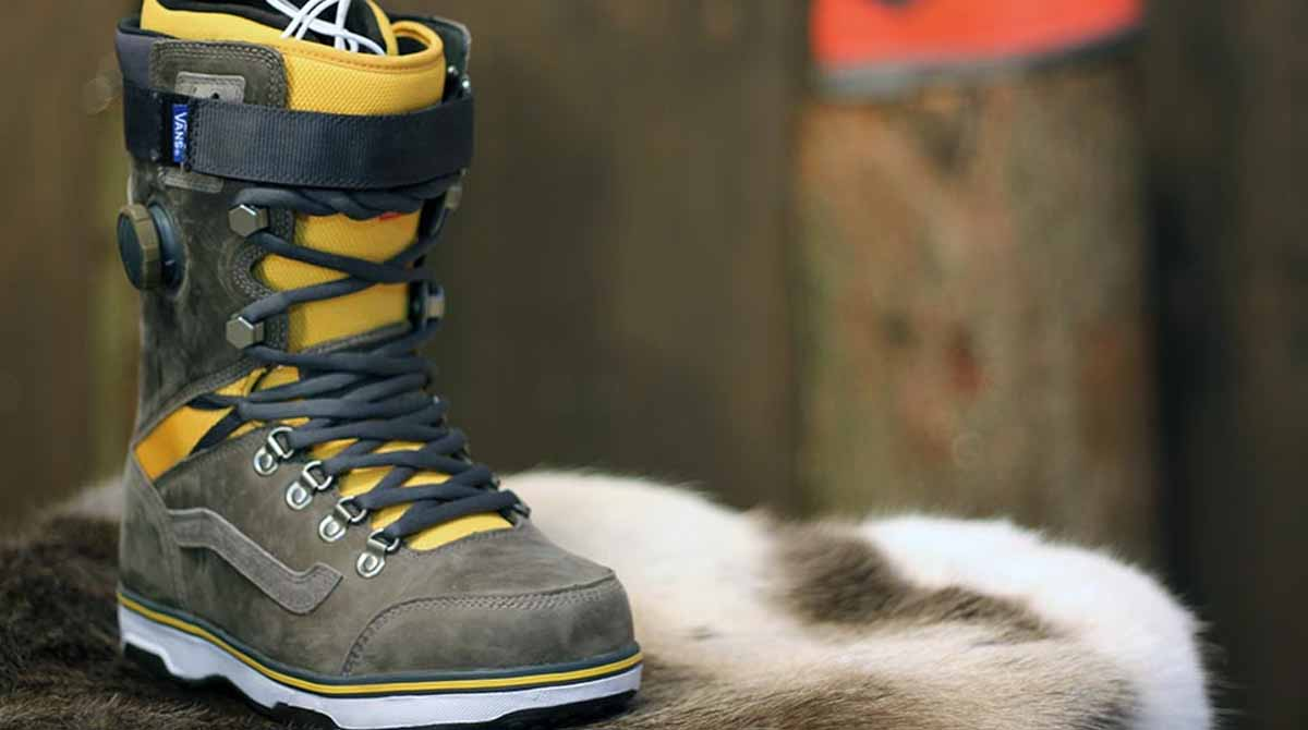 How Tight Should Snowboard Boots Be