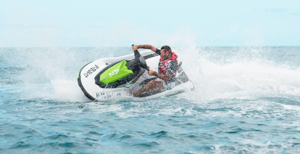 How to Charge a Jet Ski Battery